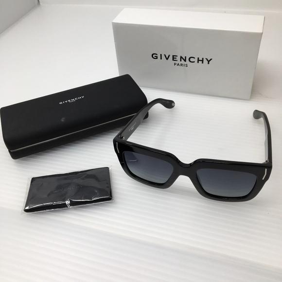 876c0c0fa00 Givenchy GV 7015 S Sunglasses + Case